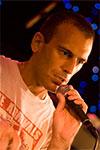 El �nico pecado es rendirse: Te Deum de Ben Weasel, cat�lico y l�der punk, canta a la esperanza